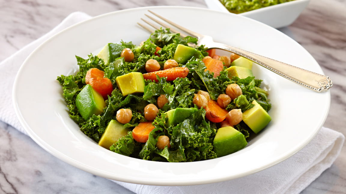 Kale Avocado Salad With Roasted Carrots