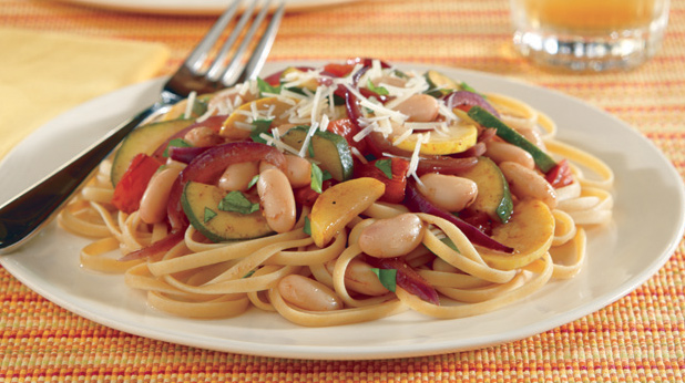 Linguine with Cannellini Beans and Summer Squash