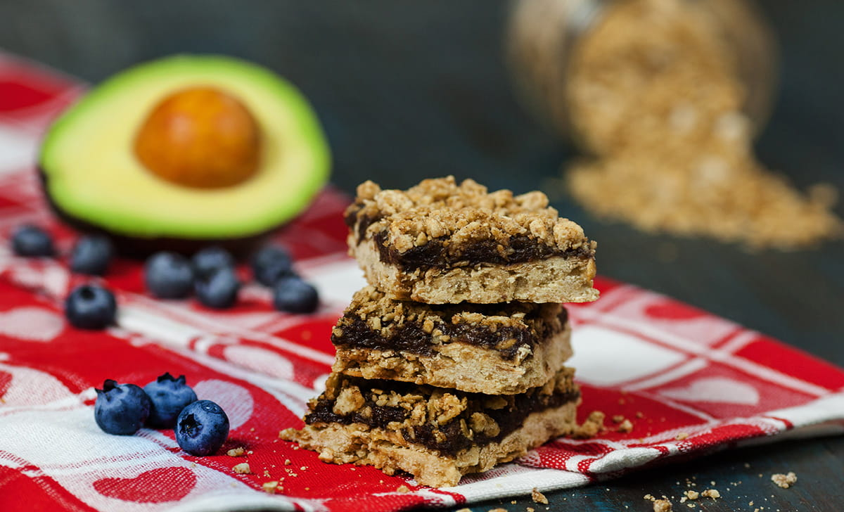 Oat Avocado-Berry Breakfast Bars