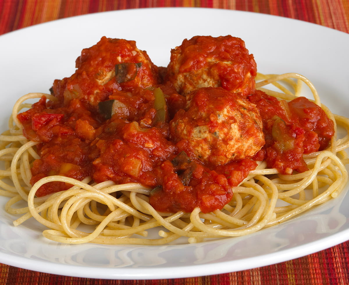 Whole Wheat Spaghetti with Marinara and Turkey Meatballs